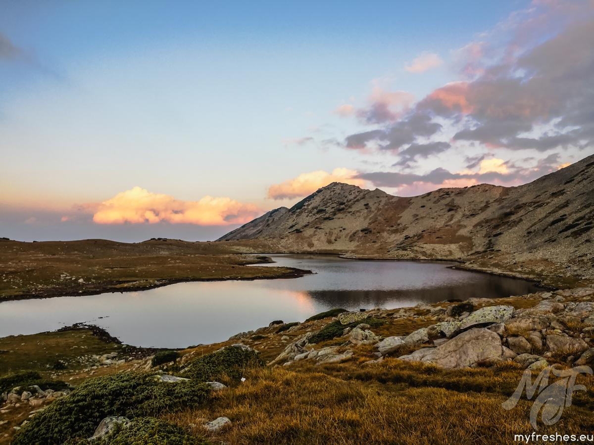 Тевно Езеро сутринта