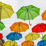 Арт инсталация с чадъри на булевард Богориди в Бургас